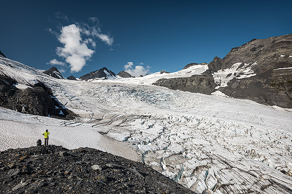 Glacier panorama at the end of the Worthington Ridge Trail