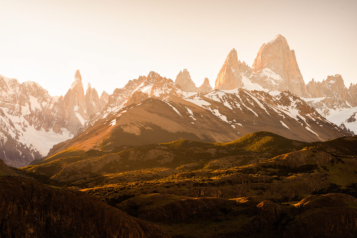 Cerro Torre & Fitz Roy in the dawn. View from the Mirador de los Cóndores