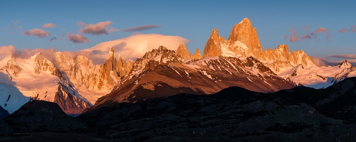 Cerro Torre & Fitz Roy in the dawn. View from Mirador de los Cóndores.