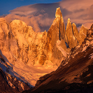 Morning glow on Mount Cerro Torre
