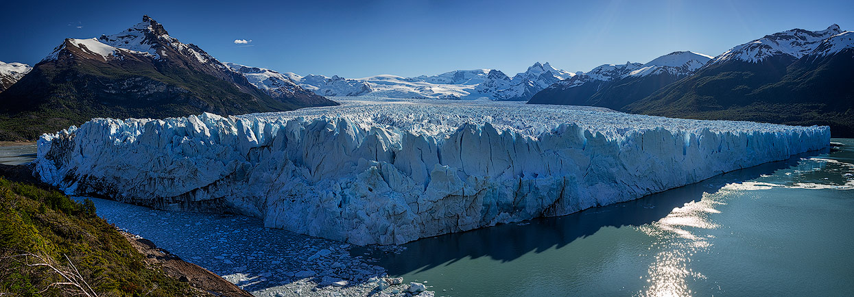 Panorama of glacier Perito Moreno. View from the board walk.