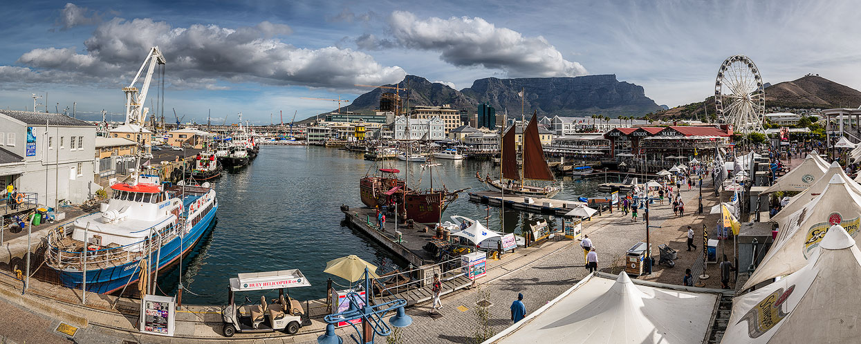 Postcard from Cape Town. View from the Victoria Wharf Shopping Centre.